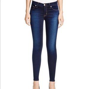 Hudson✨Nico midrise super skinny jeans